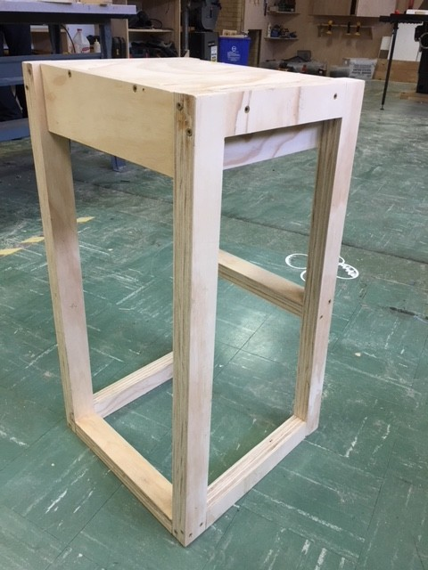 A barstool made by the minicourse kids
